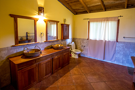 Casa Bella Master Bathroom at Finca Las Nubes